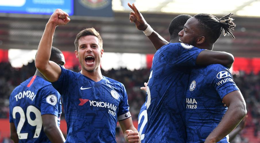 Abraham, Mount fire Chelsea to victory at Southampton