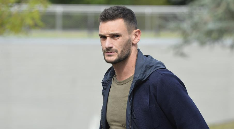 Lloris out for the rest of the year, says Deschamps