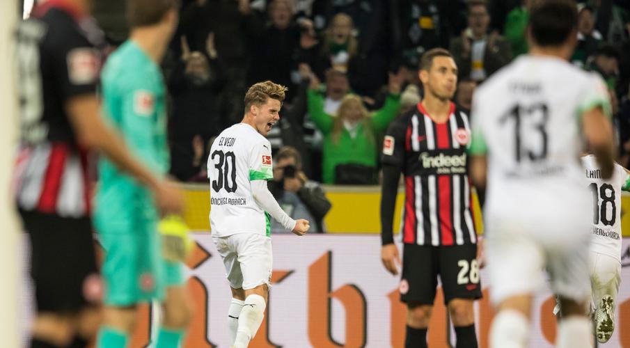 Gladbach see off Eintracht to reclaim Bundesliga top spot