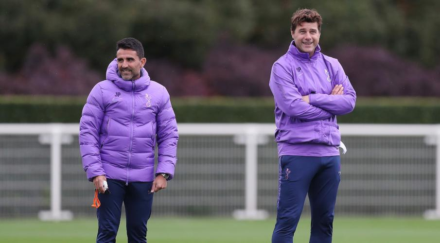 Pochettino rules out big changes at Tottenham in January