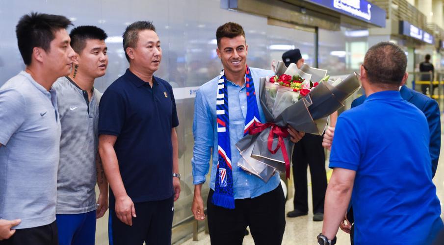 Italy's El Shaarawy leaves Roma for China's Shanghai Shenhua