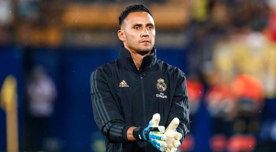 Navas joins PSG from Real in goalie swap