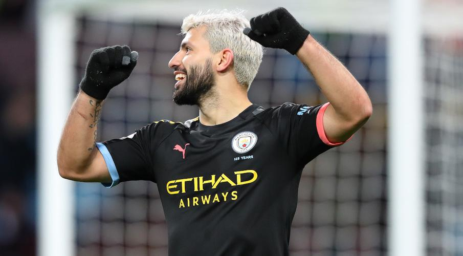 Aguero makes history as Man City hit Villa for six