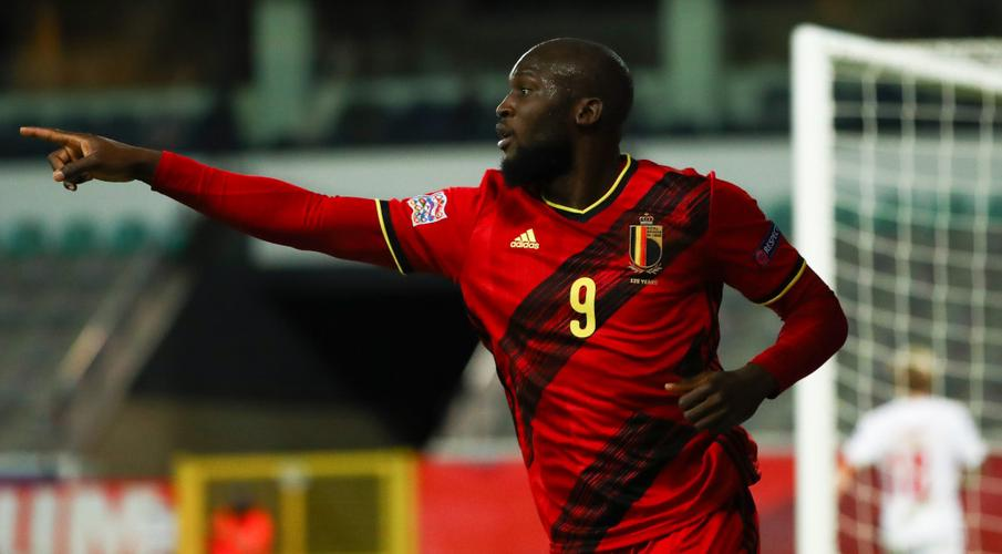 Lukaku double sends Belgium into Nations League final four