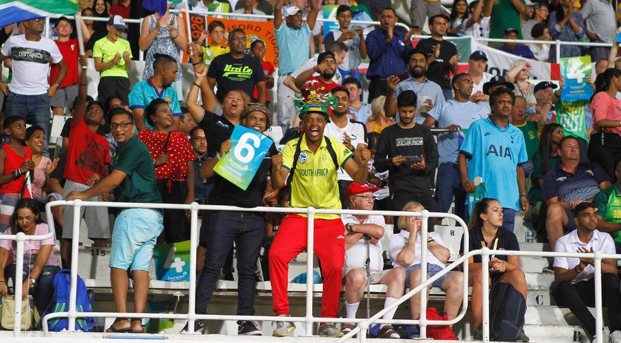 Image result for south african cricket fans, jacques faul