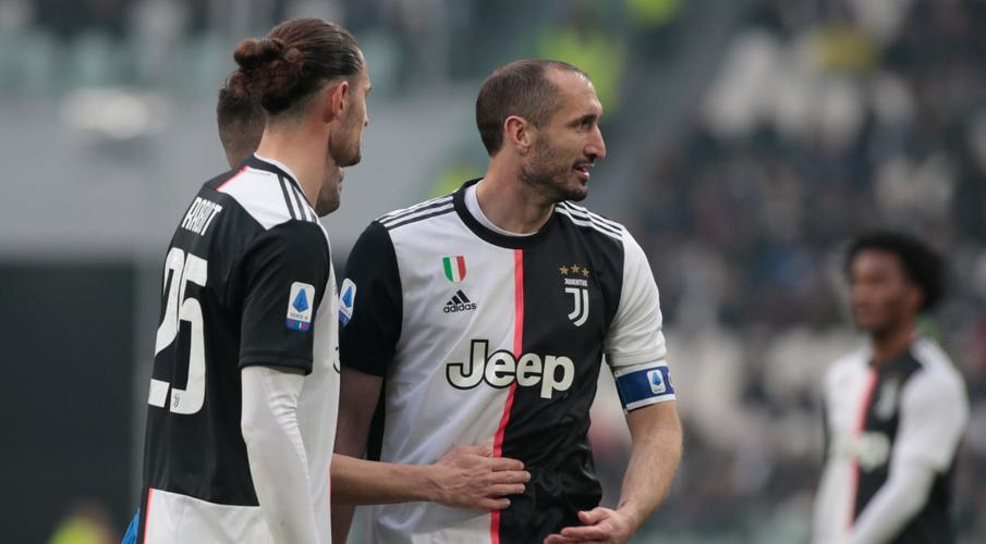 Juventus players agree to take pay reduction