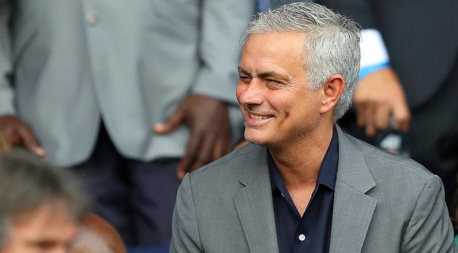 Mourinho to take Spurs training via video amid coronavirus lockdown