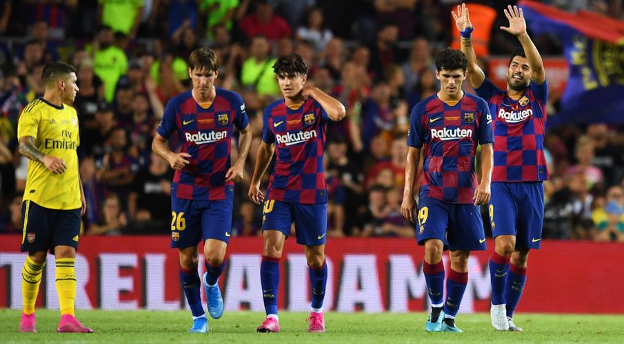 La Liga urges more clubs to cut players' pay