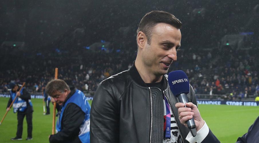 Ex-Man Utd striker Berbatov says Liverpool fully deserve title