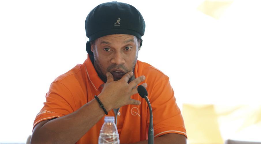 Now free on bail, Ronaldinho thanks fellow inmates