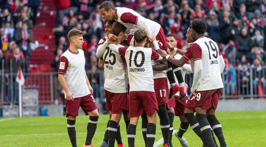 Players need to be disciplined in virus plan - Bundesliga chief