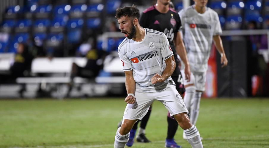 Rossi double helps LAFC get revenge on MLS champions Seattle