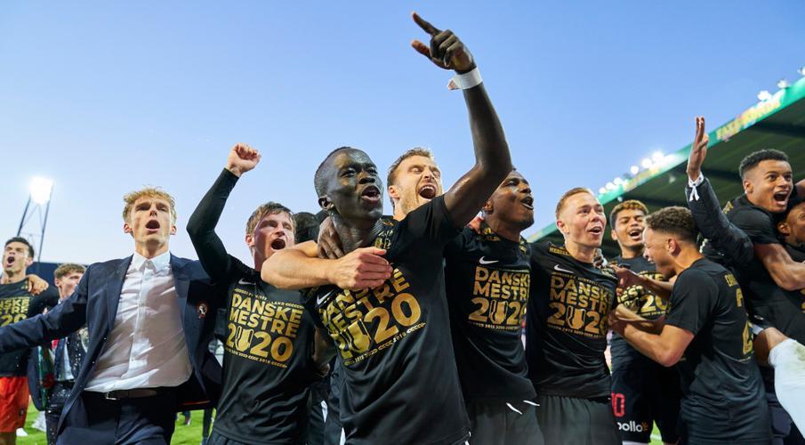 Midtjylland beat rivals Copenhagen to claim Danish league title