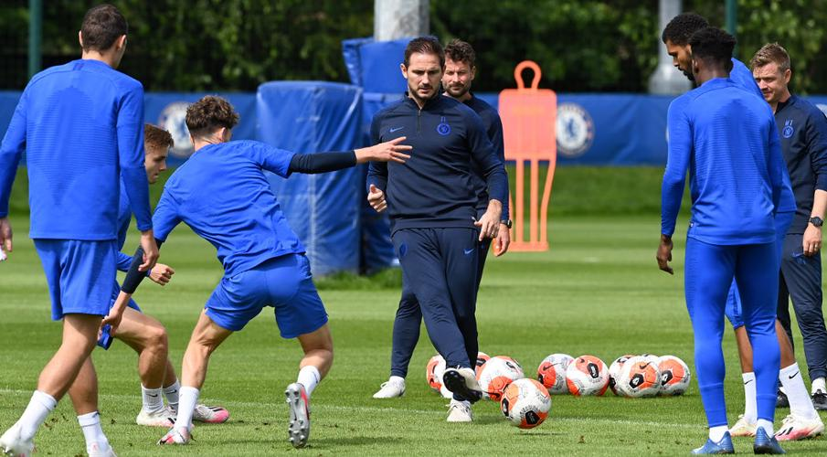 Chelsea must find improvement at critical time - Lampard