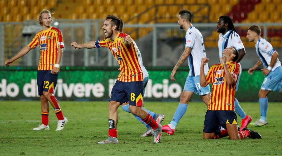 Lecce handed lifeline with late win, Genoa thumped