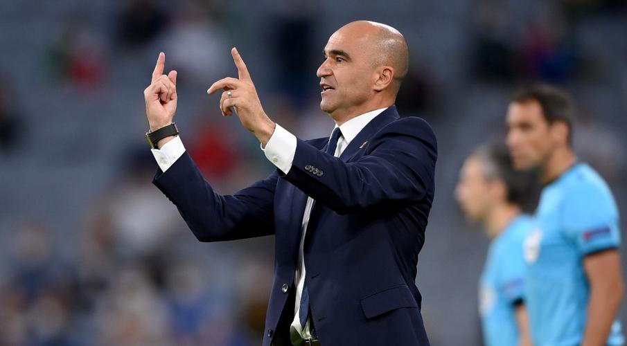 Martinez to remain on as Belgium coach
