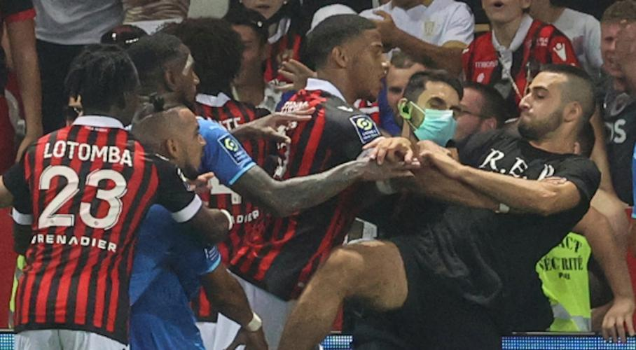Nice, Marseille game halted by bottles and pitch invasion