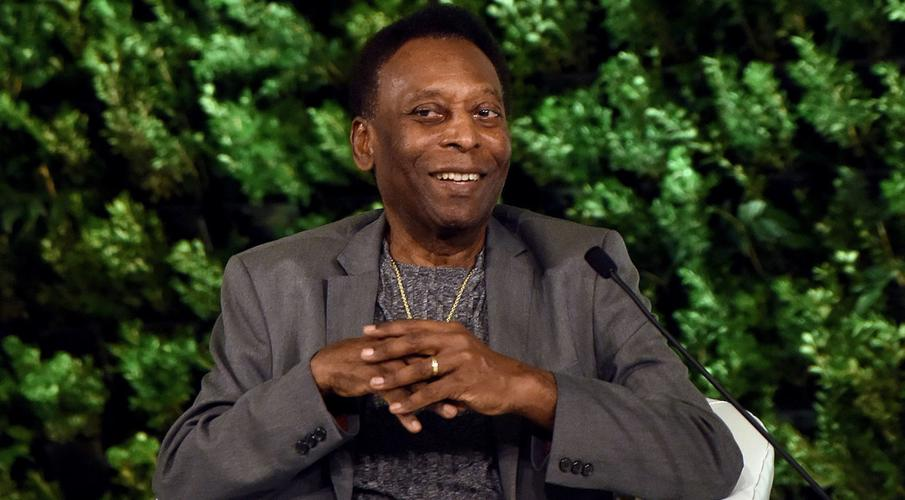 Pele continues recovery, undergoes physiotherapy