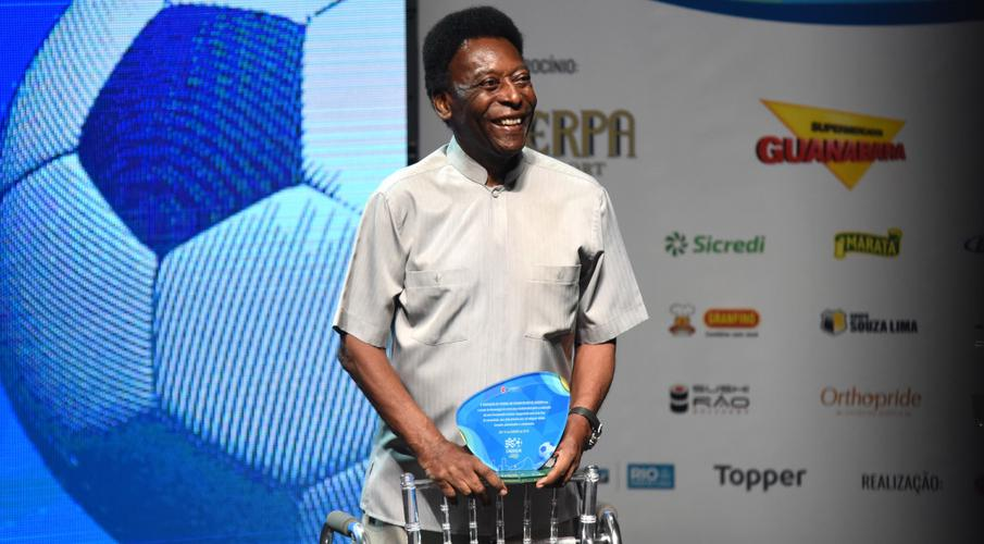 Pele in hospital but no cause for concern - manager
