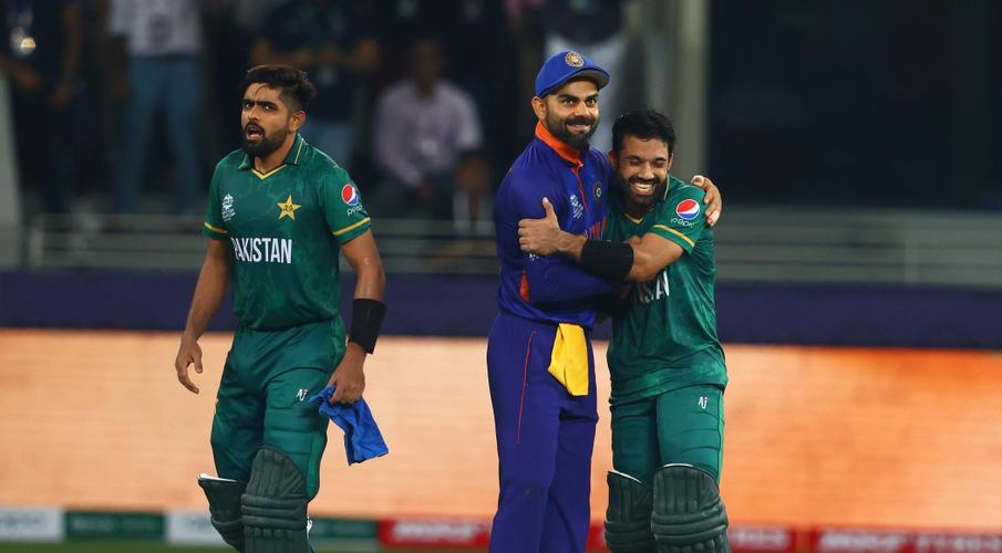 Babar, Rizwan star as Pakistan break India jinx with 10-wicket rout - SuperSport