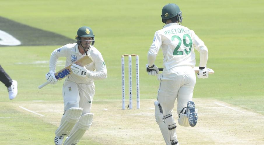England grab three early wickets - SuperSport