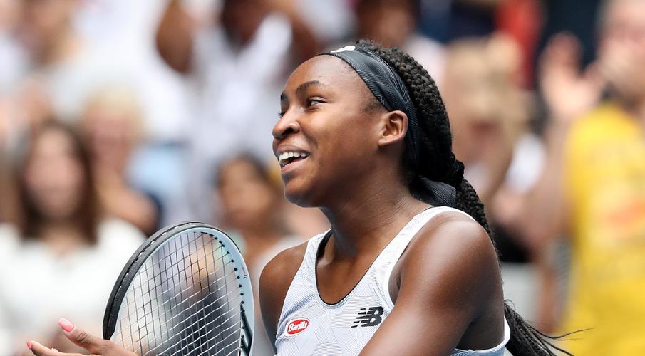Serena, Federer into third round as Osaka sets up Coco crunch - SuperSport
