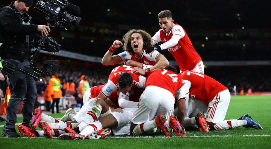 Arsenal roar back into Champions League contention - SuperSport