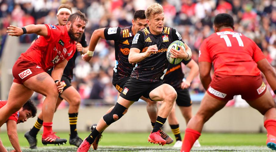 McKenzie magic as seven-try Chiefs smash Sunwolves - SuperSport