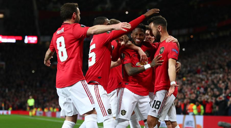 Arsenal suffer shock exit as United and Wolves cruise into last 16 - SuperSport
