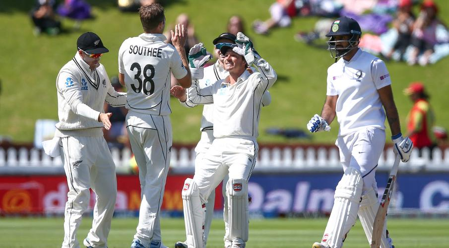 Southee bags five as New Zealand beat India in first test - SuperSport