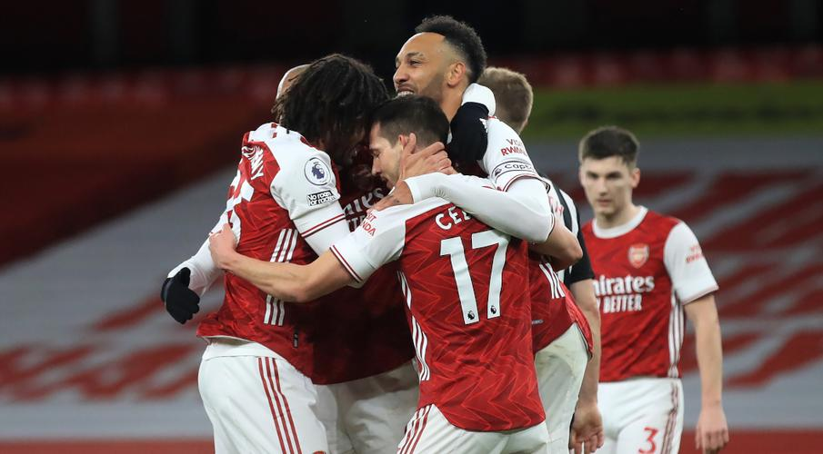 Aubameyang double gives Arsenal win over Newcastle - SuperSport